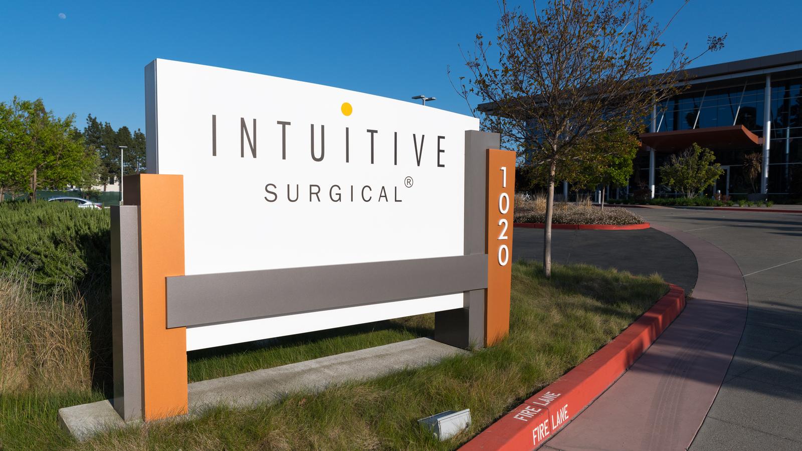 Cổ Phiếu Tiềm Năng Chứng Khoán Mỹ: Intuitive Surgical Inc - ISRG - Tommy Tư Duy và Làm Giàu